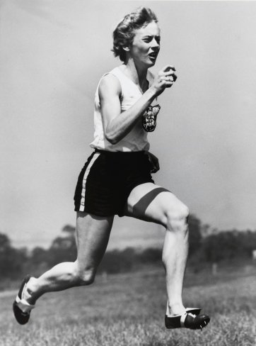 Betty Cuthbert, 1955 (printed 2003) by Ern McQuillan