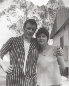 Pat and Richard Larter, Luddenham, 1970s