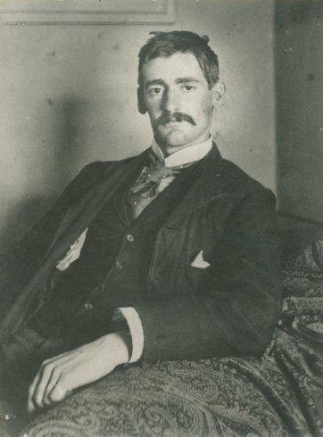 Portrait of Henry Lawson, 1893 Paramount