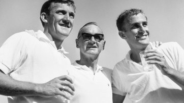 Tony Roche, Harry Hopman and John Newcombe Ern McQuillan