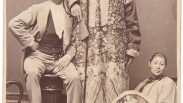 Chang the Chinese Giant with his wife Kin Foo and manager Edward Parlett, c. 1871 Archibald McDonald