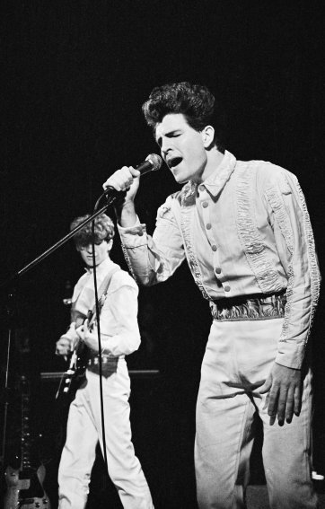 Split Enz, Canberra Theatre, 27 March 1981 'pling