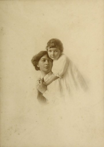 Ethel Anderson and her daughter, Bethia, c. 1912 by G.W. Lowrie