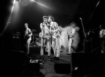 Split Enz, 1979 Bob King