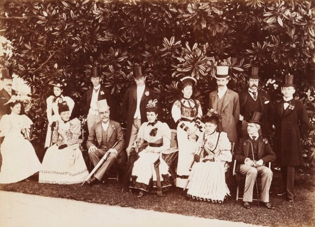 Governor Sir Robert Duff with Lady Duff, Lord Hopetoun and Vice-Regal Party