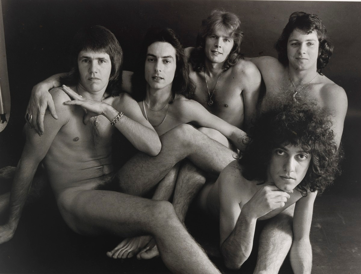 The Middle Tony karlsson nude band