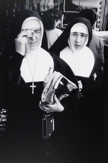 Nuns at Lourdes Centenary, France, 1958 (printed 2000) by David Moore