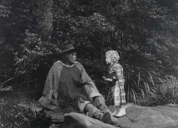 Essie Coffey (Bush Queen) and Orlando Gemes, 1978 (printed 2003) Juno Gemes