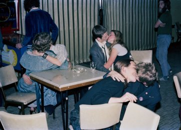 The Vacant Lot, Ainslie Rex Hotel, 21 November 1979. Patrons having fun 'pling