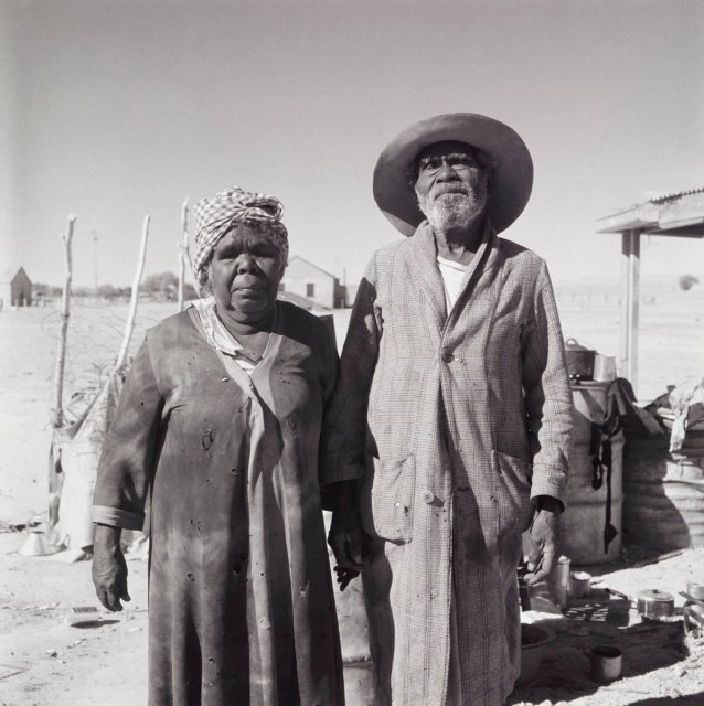 Aboriginal couple, Finniss Springs Mission, South Australia