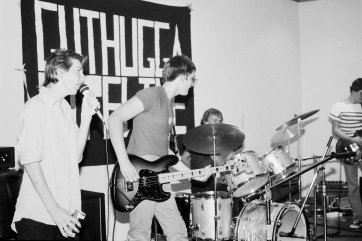 Guthugga Pipeline, Christmas Show, upstairs, The (old) Griffin Centre, Civic, 22 December 1979.  Gavin 'Gus' Butler (vocals), Nick Ketley (guitar) 'pling