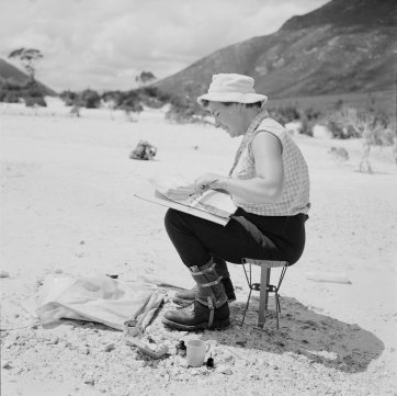 Elspeth Vaughan painting a Lake Pedder scene, 1970 Jack Thwaites