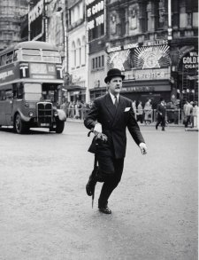 Traffic dodgers, Piccadilly Circus, London, c. 1953 (printed 2000) David Moore