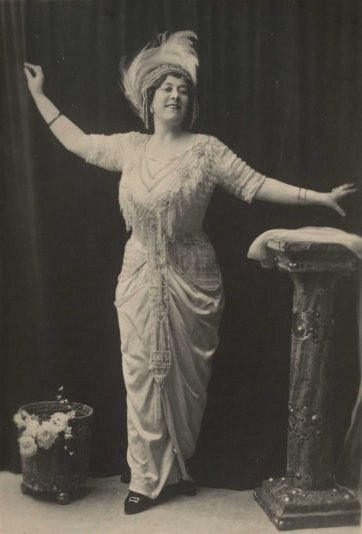 "Florrie Forde the Original Singer of ""Tipperary"", c.1910 by an unknown artist"