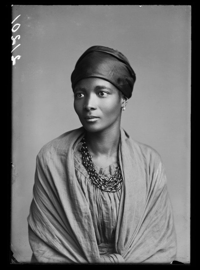 Eleanor Xiniwe of The African Choir, 1891 London Stereoscopic Co.