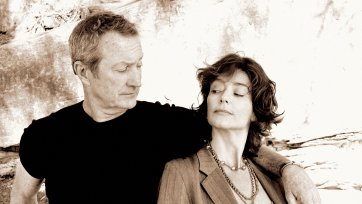 Rachel Ward and Bryan Brown (detail), 2006 (printed 2020) © Peter Brew-Bevan