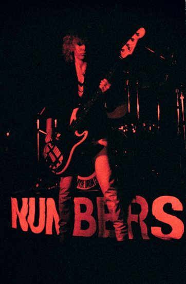 The Numbers, Annalisse Morrow, (bass, vocals), ANU Refectory 18 September 1979 'pling