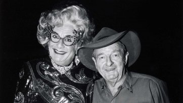 Slim Dusty and Dame Edna Everage, Carlton Hill Station, WA, 10 July 1993 by John Elliott