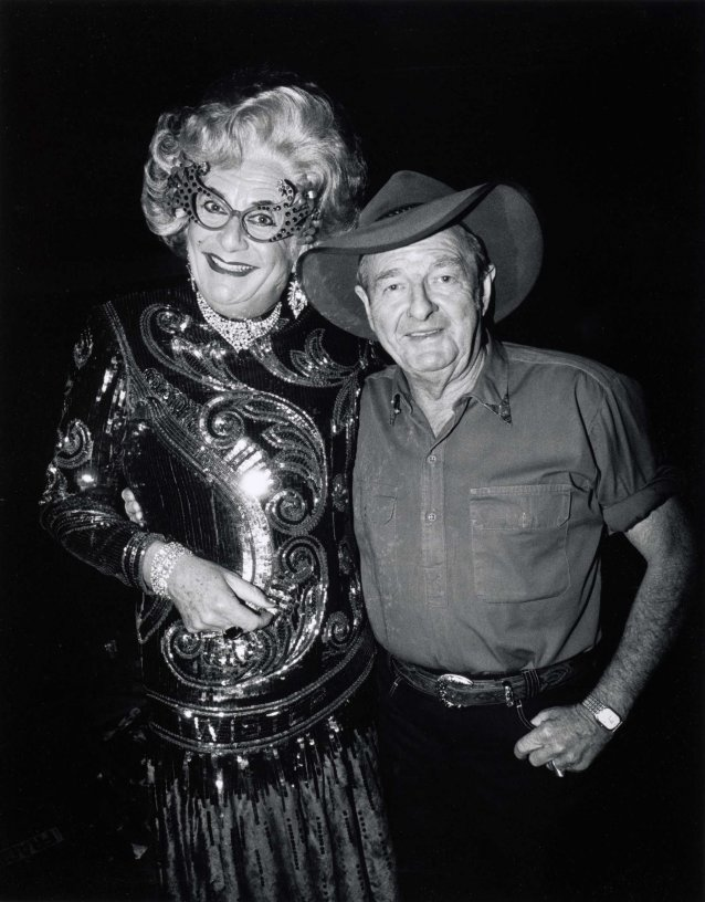 Slim Dusty and Dame Edna Everage, Carlton Hill Station, WA, 10 July 1993