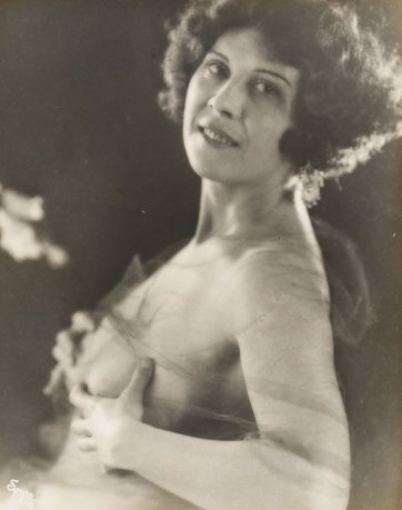 Dorothy Gordon, c.1922 by Melbourne Spurr