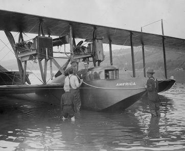 Curtiss Model H amphibious aircraft