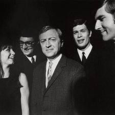 Graham Kennedy and the Seekers in Melbourne, c. 1967 Robert Whitaker
